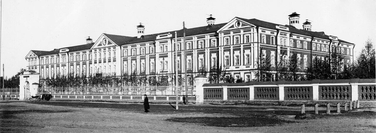 Вдовий дом на Монастырской площади