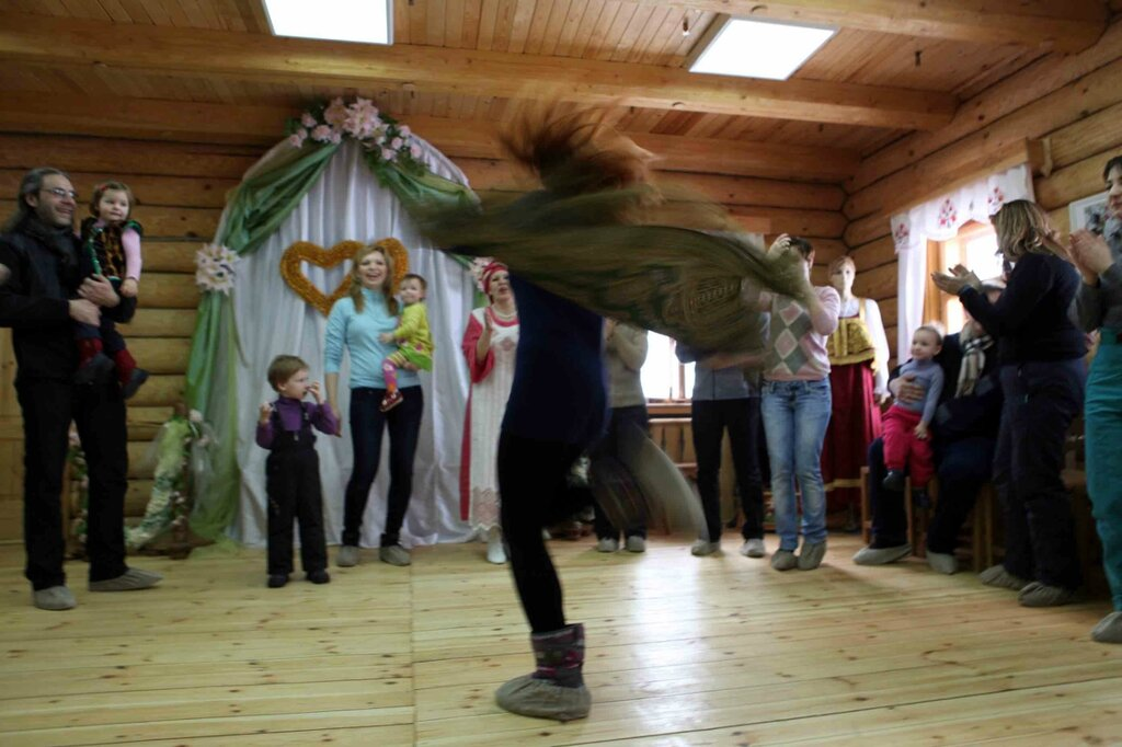 Масленница - танец с платком 3