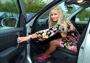 Пьяная Дана Борисова пыталась скрыться от дорожной полиции