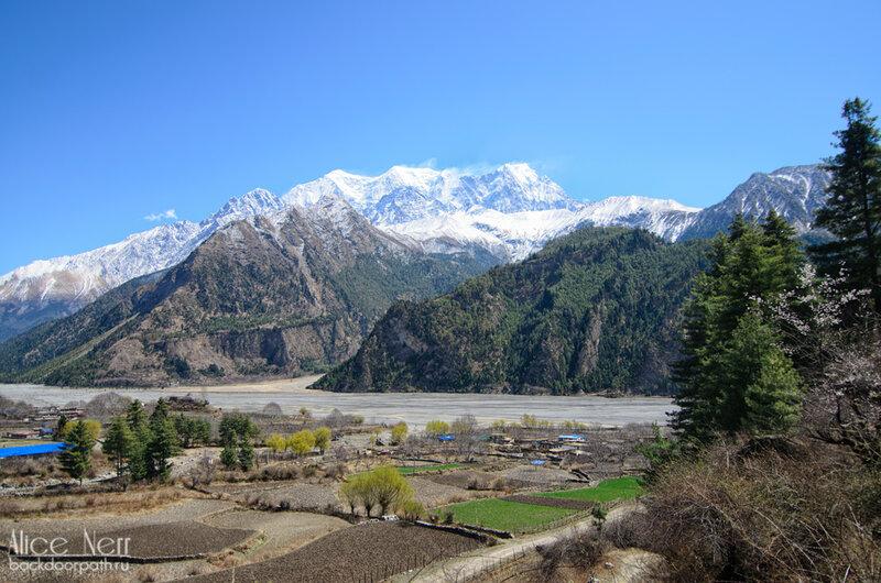 виды на долину калигандаки, кобанг, непал, гималаи