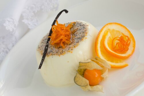 Orange panna cotta