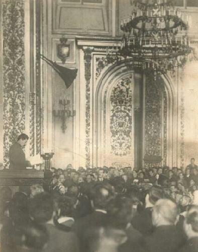 Сталин выступает на XV съезде ВКП (б