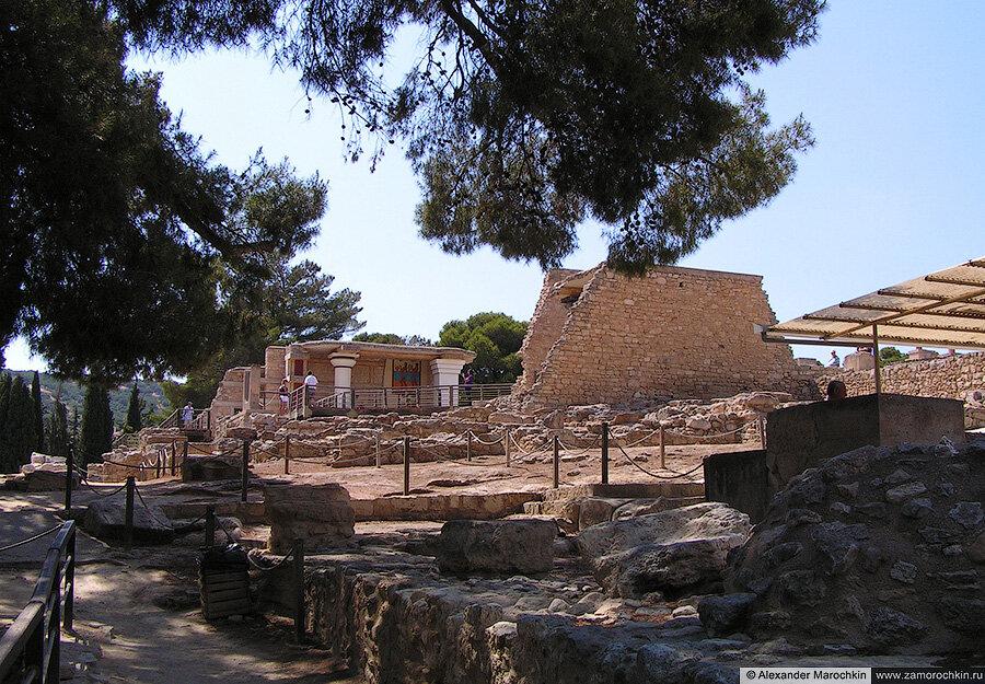 Кносский дворец на о. Крит, Греция