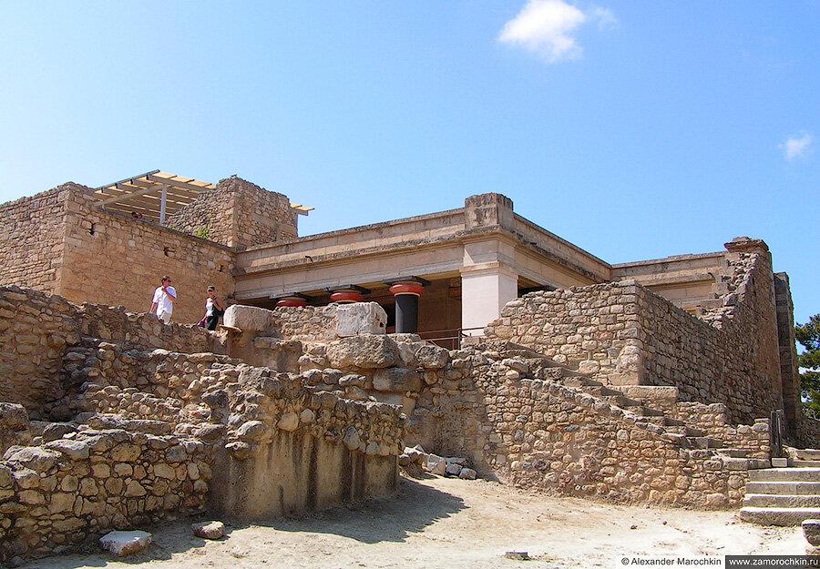 Святилище Двойных Секир в Кносском дворце