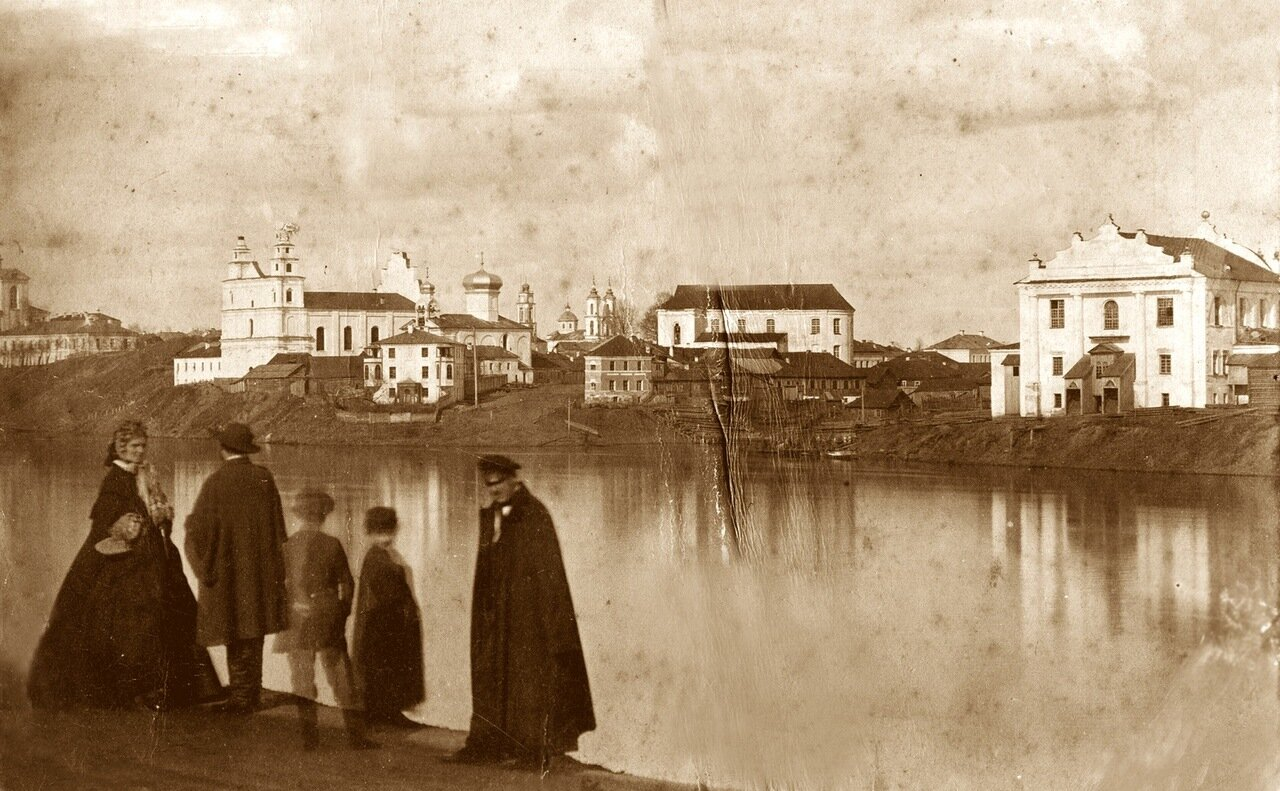 Вид на город с Двины