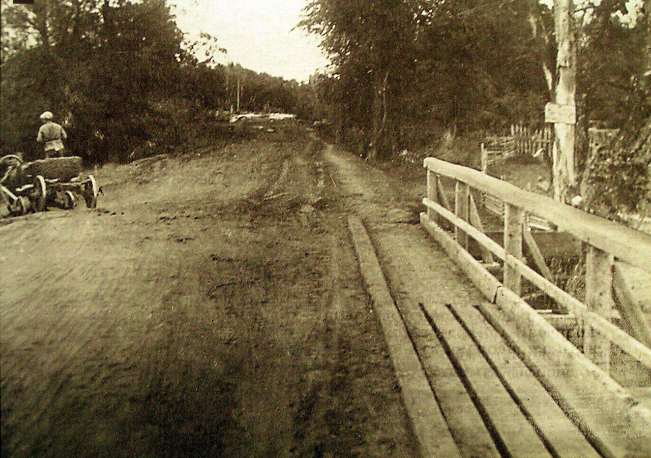 Подъездной путь к мосту через реку Иж около Малой Пурги
