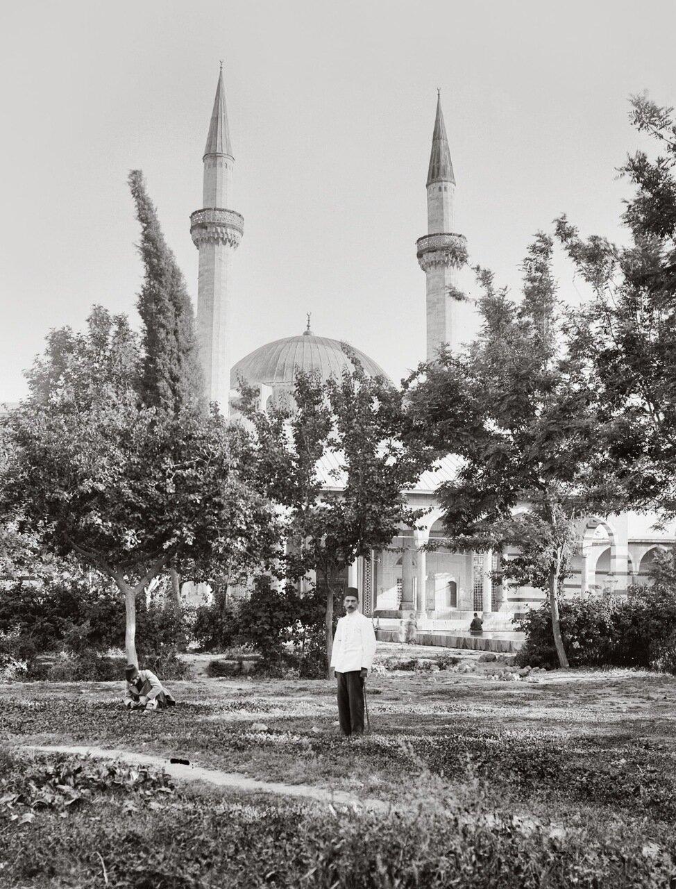 Мечеть Сулеймание. Построенна по проекту знаменитого османского архитектора Синана. Дамаск, Сирия. 1900-1920 гг.