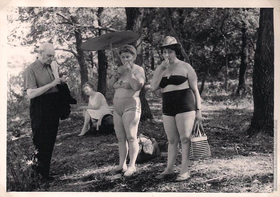 женские купальные костюмы 1965 года
