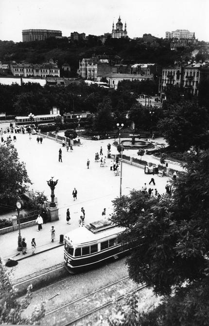 1957. Панорама Контрактовой площади