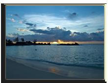 Сейшелы. Seychelles Sunset. Фото Roman Isakov - Depositphotos