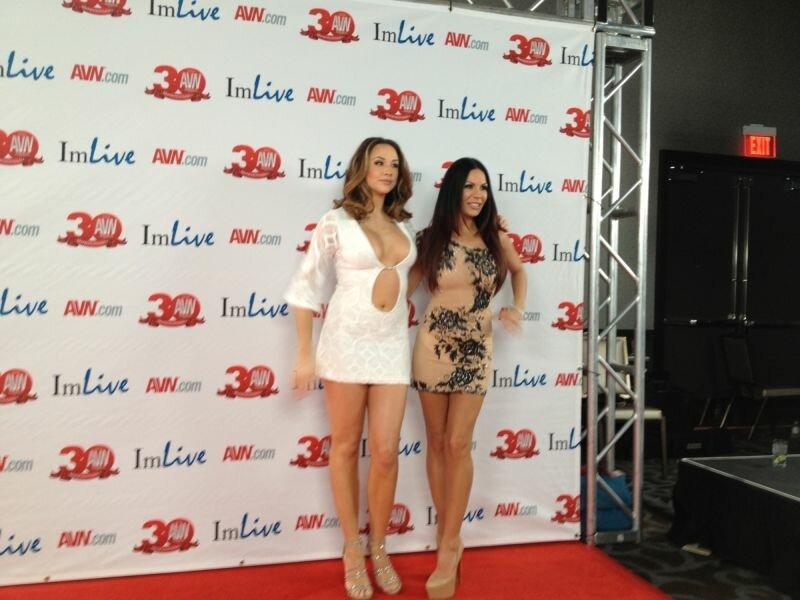 Ударницы взрослого кино на церемонии AVN Awards 2013