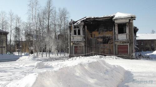 Фотография Инты №4014  Восточная сторона Кирова 30 25.03.2013_12:00