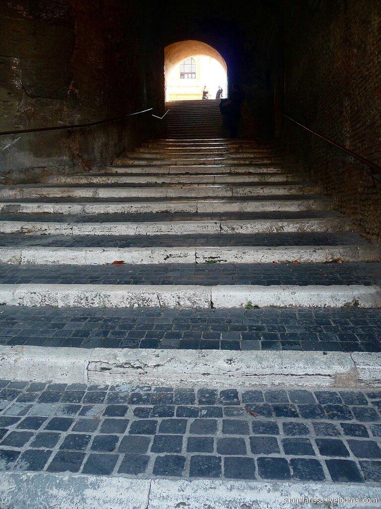 Лестница к базилике San Pietro in Vincoli