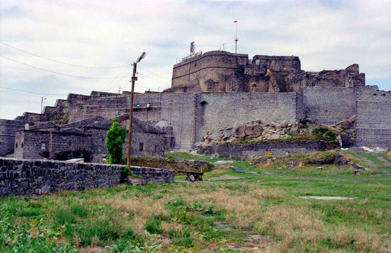 Современный вид крепости Карс