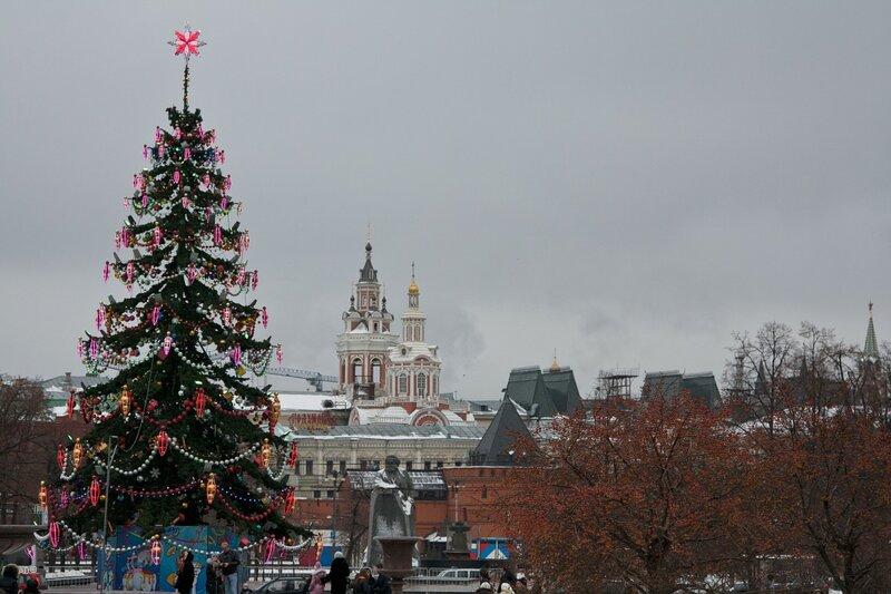 Новогодняя елка на Театральной площади