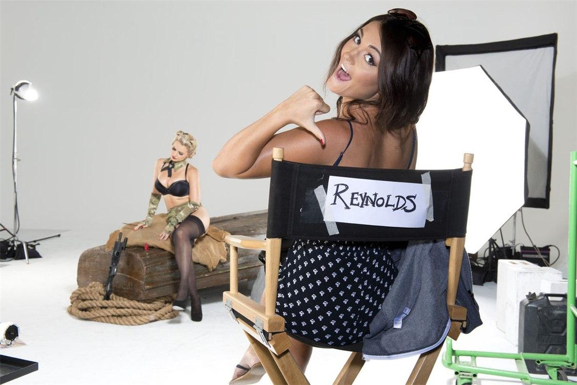 За кулисами / Hot Shots 2013 calendar backstage - Sam Cooke, Rosie Jones,  Emily O'Hara, India Reynolds, Holly Peers, Kelly Hall