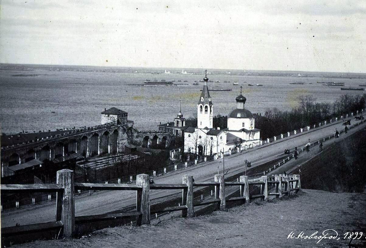 Ивановский съезд и церковь Симеона Столпника