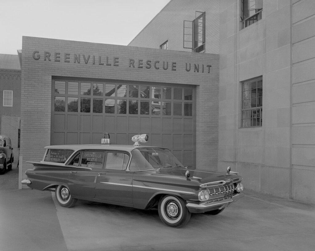 1959_Chevrolet_Biscayne_Brookwood_4_door_Wagon_Rescue_stationwagon_retro_vintage_emergency_ambulance_3991x3191.jpg