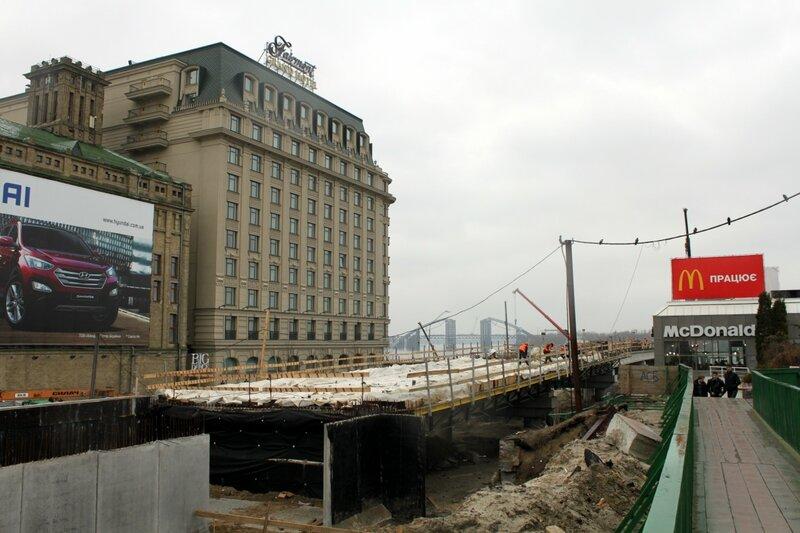 Строительство эстакады на Почтовой площади