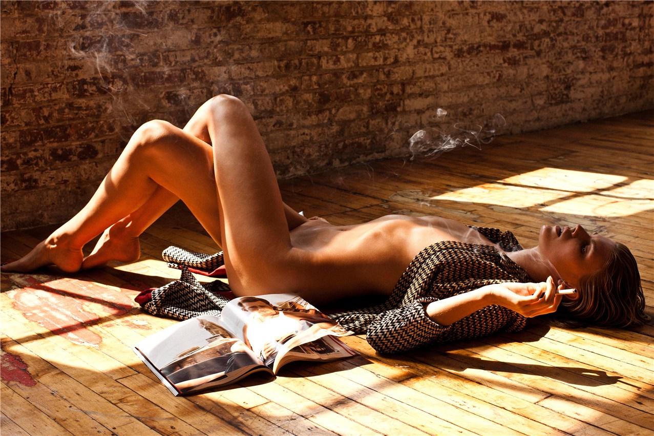 Maryna Linchuk / Марина Линчук в эротической фотосессии для журнала 25 Magazine, весна-лето 2013 / фотограф Victor Demarchelier