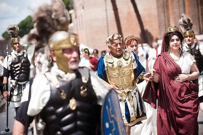 Парад в честь 2766-летия Рима