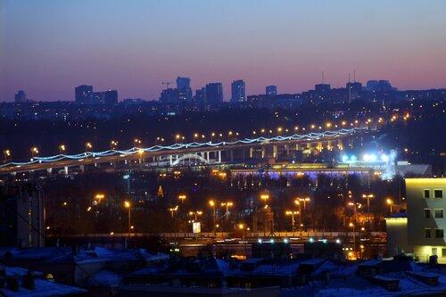 Метромост через реку Москва