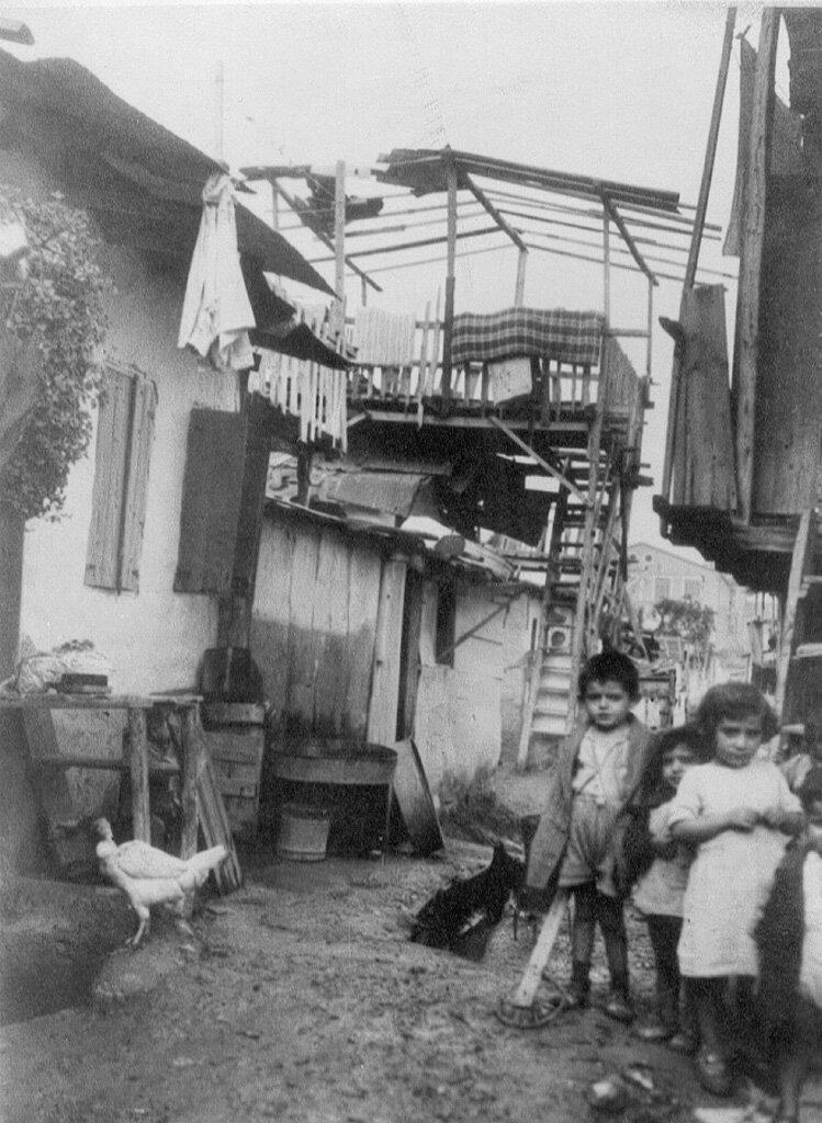 Армянский лагерь беженцев в Афинах в начале 1930-х.