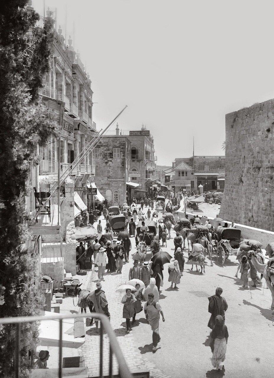 Уличная сцена у Яффских ворот. Иерусалим. 1900-1920