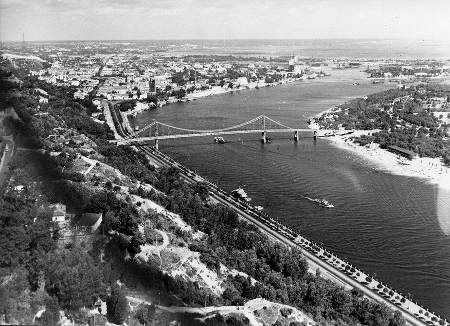1958. Пешеходный (Парковый) мост на Труханов остров