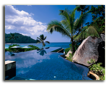 Сейшелы. О. Маэ. Banyan Tree Seychelles. Recreational Facilities Infinity Pool