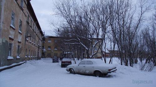 Фото города Инта №2832  Восточная сторона Коммунистической 18 31.01.2013_13:33
