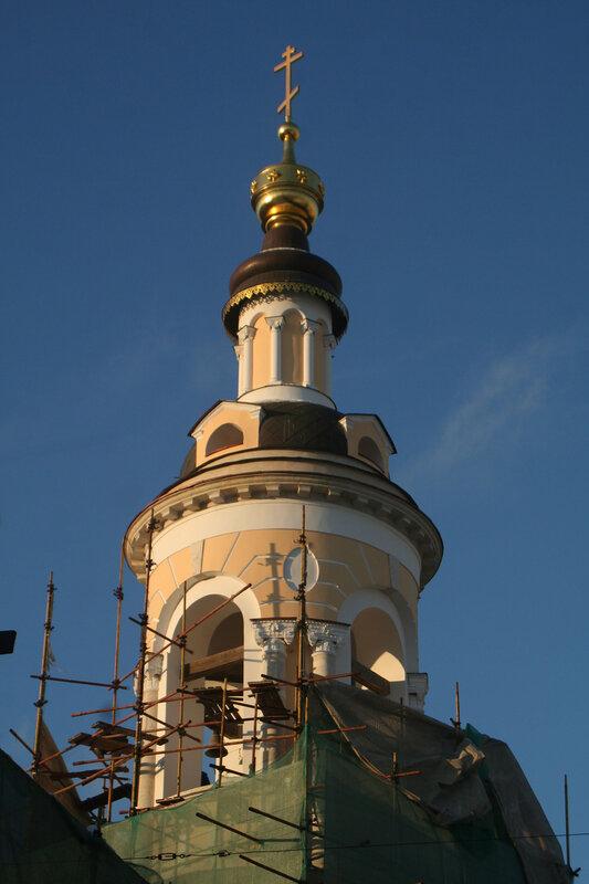 Колокольня церкви Рождества Богородицы на Стрелке после реставрации