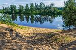 Ломовский пляж на берегу реки Молога. Тверская область.