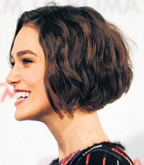 Неземная стрижка боб каре на средние волосы Киры Найтли