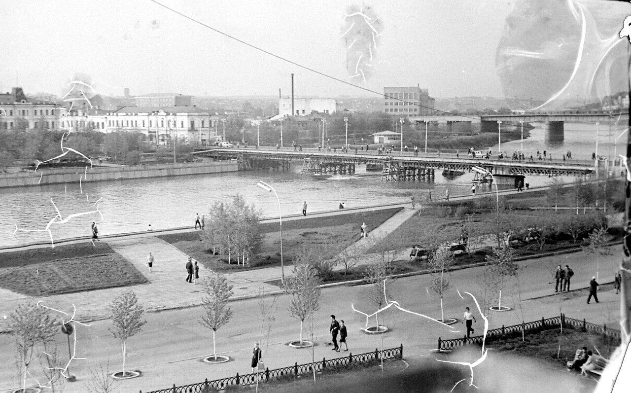 Омск 1966 два моста.