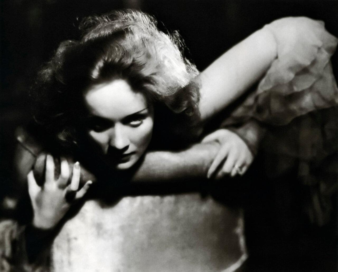 marlene dietrich 1930 - by eugene robert richee