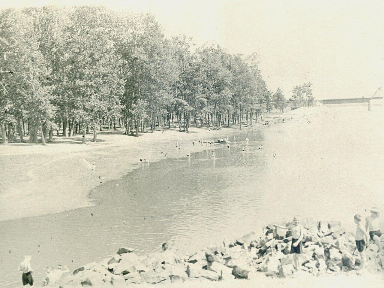 Пляж Топольники