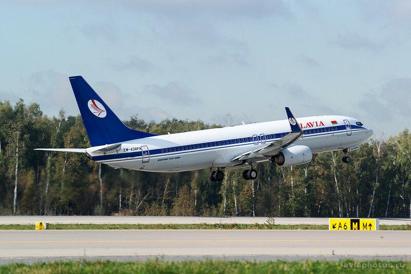 Boeing 737-86Q (EW-438PA) Belavia 054_D801097a