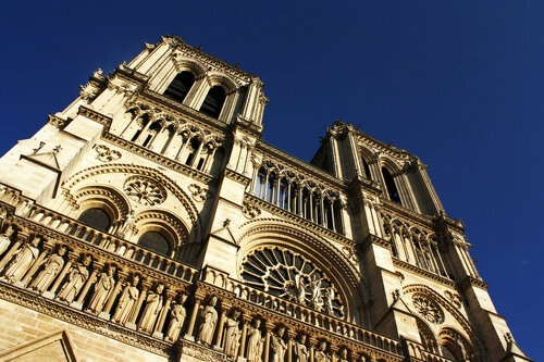 Предотвращен теракт в Соборе Парижской Богоматери