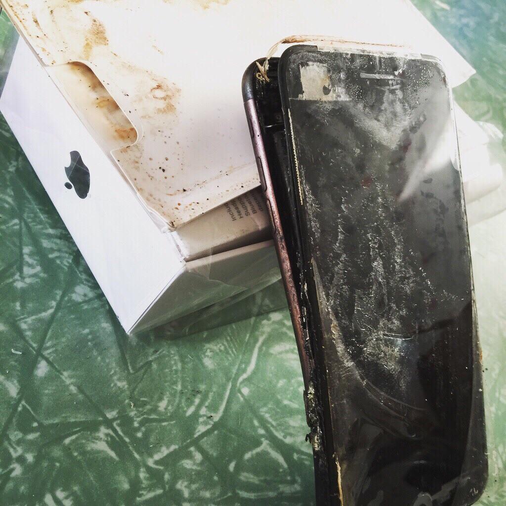 iPhone 7 тоже взрываются