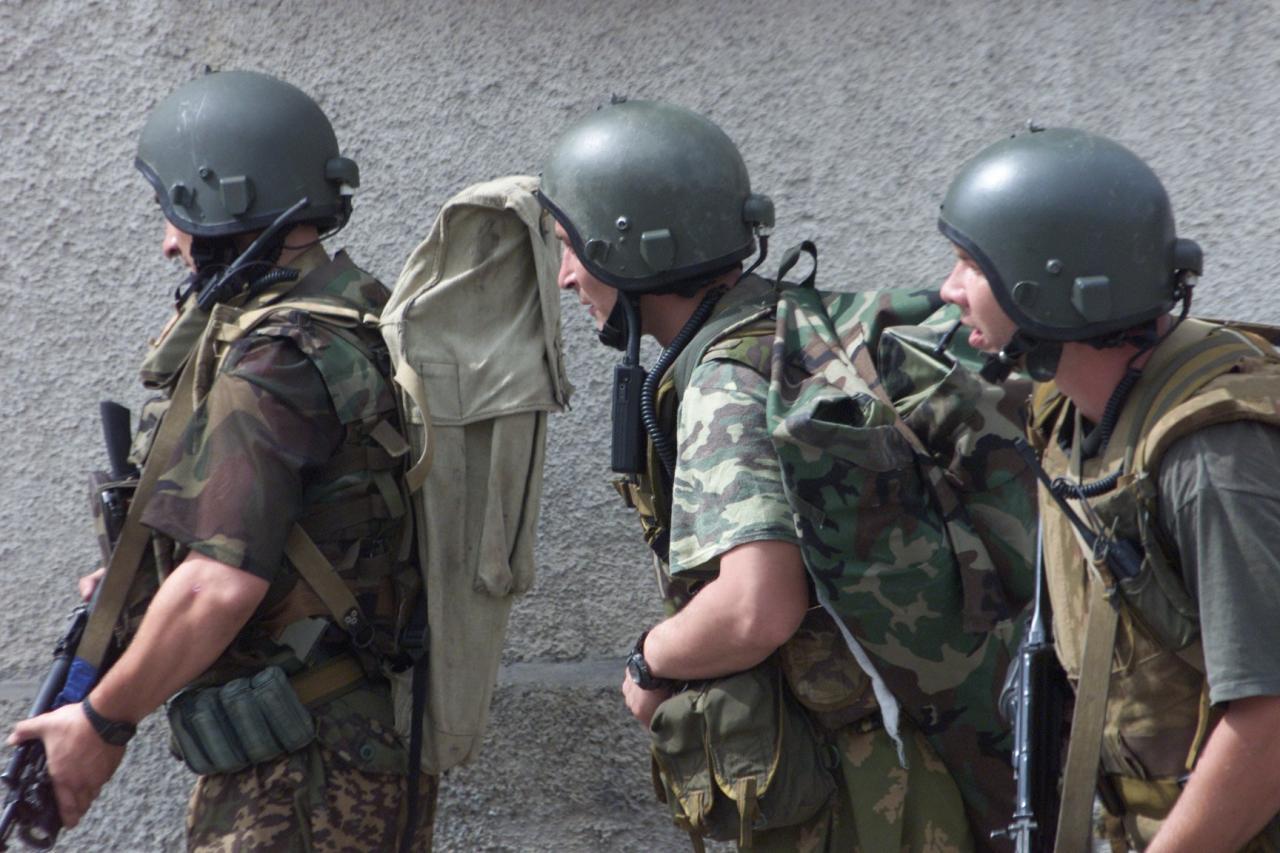 Черный сентябрь в Беслане. 1 сентября 2004 года.