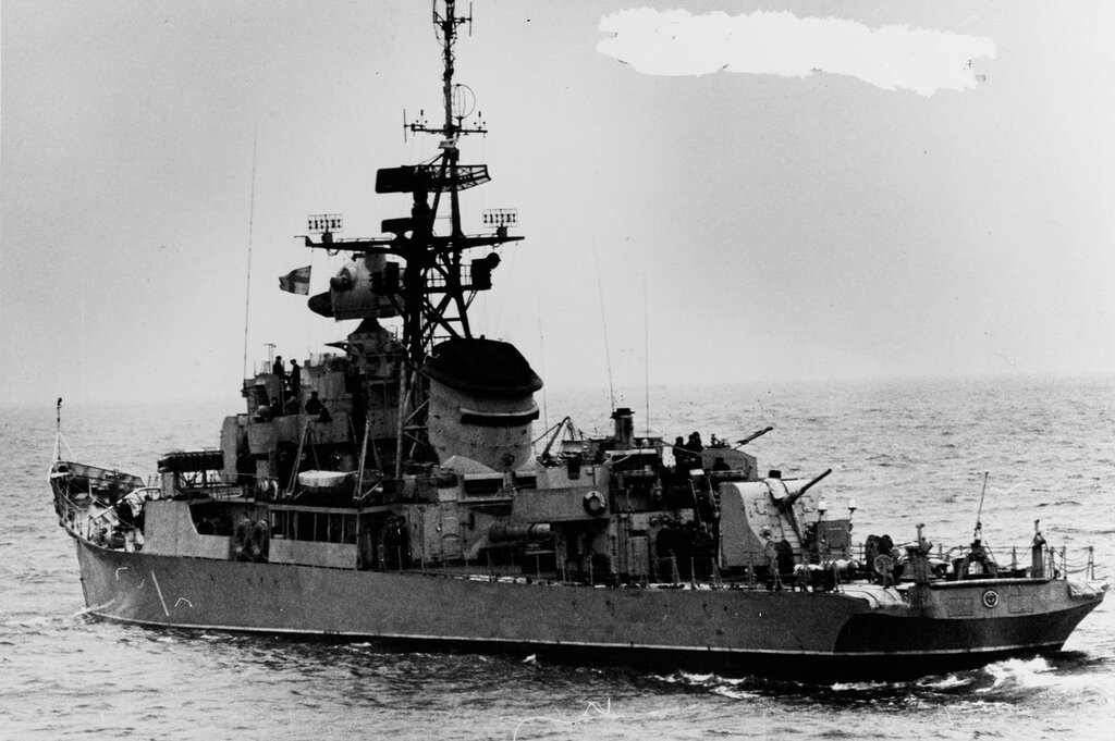 Riga-class ocean escort in the Baltic Sea, photographed circa 1965. The ship was wearing the pennant number 1.