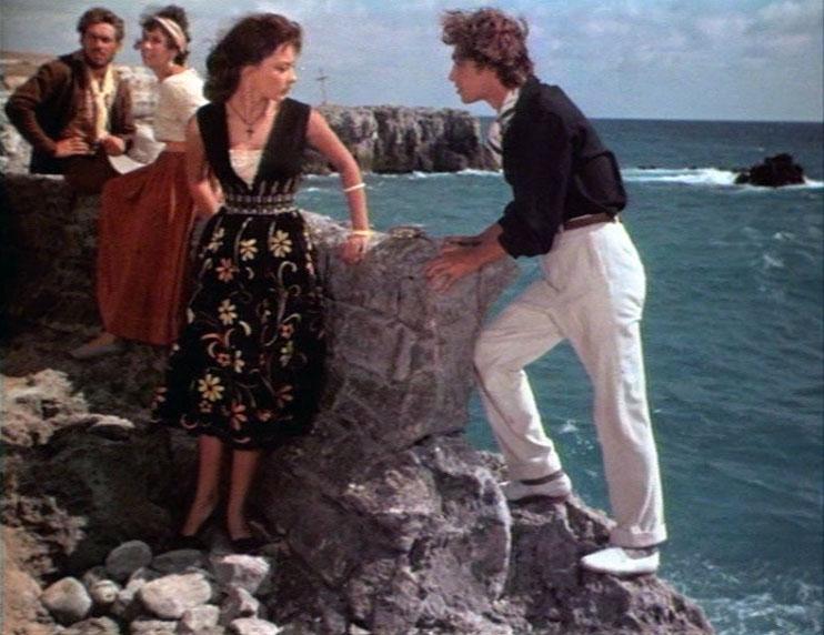 """«Приключения Буратино» Этот эпизод фильма """"Приключения Буратино"""" (1975) снимали неподалеку от кр"""