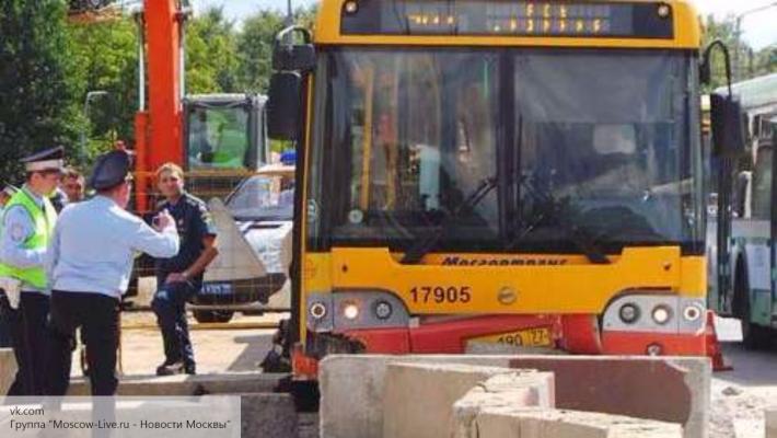 ВСвердловском районе ученический автобус попал вДТП