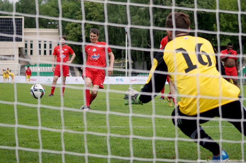 Лето. АртФутбол. Рос Румыния. 05.06.16.04..jpg