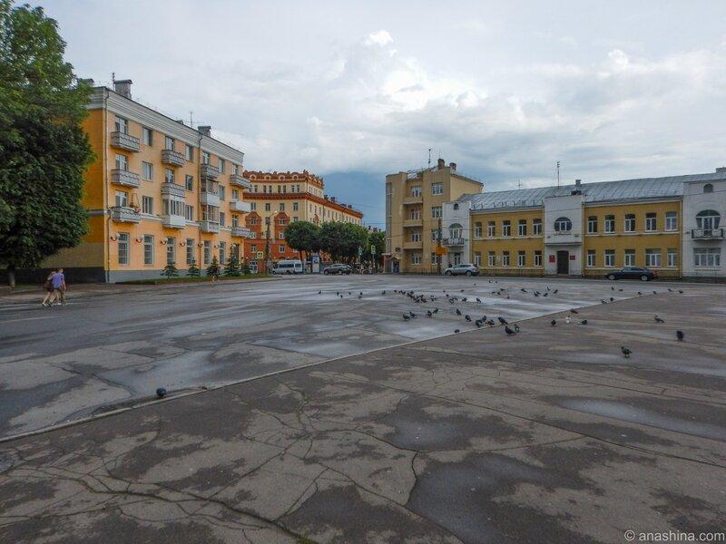 Пересечение улиц Октябрьской Революции и Дзержинского, Смоленск