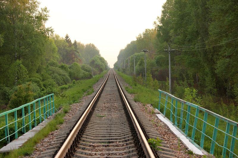 Мост через реку Каменка, перегон Сычёвка - Осуга, участок Сычёвка - Помельница, вид на Ржев