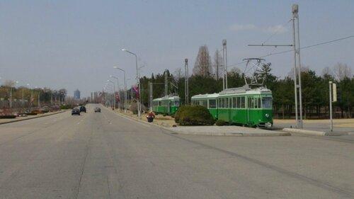 Северная Корея, Пхеньян, 16 апр 2013, фото Алексея Лушникова