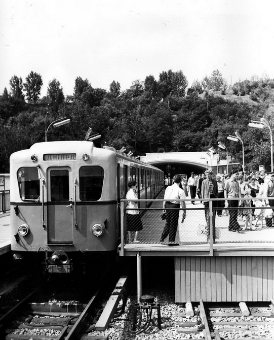 1961.08. Станция метро Днепр
