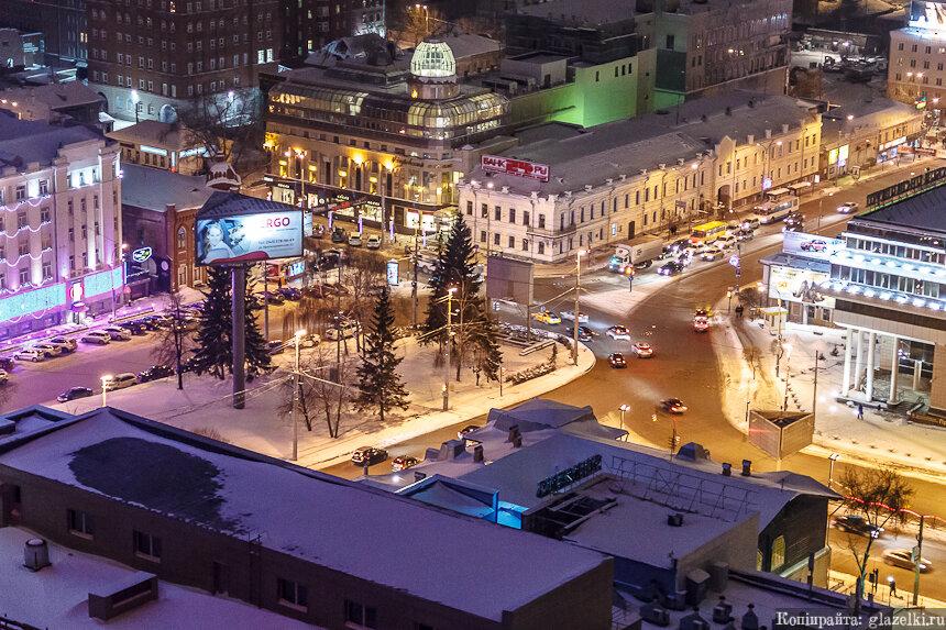 Екатеринбург. Кольцо на улице Малышева.